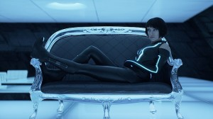 itunes-trailers-gallery-olivia_wilde_in_tron_legacy_jpg_9-28-2010_720